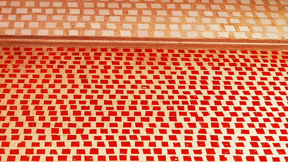 Olivetti pavimento