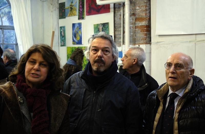 Da sinistra: l'europarlamentare Silvia Costa, l'artista veneziano Stefano Grespi, l'ambasciatore Umberto Vattani, direttore della Venice International University.